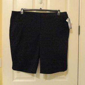 NWT - COUNTRPARTS SUPER-STRETCH shorts - sz 24W
